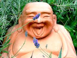 laughing budda statue