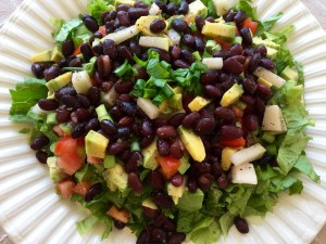 Vegetable Salad with Black Beans